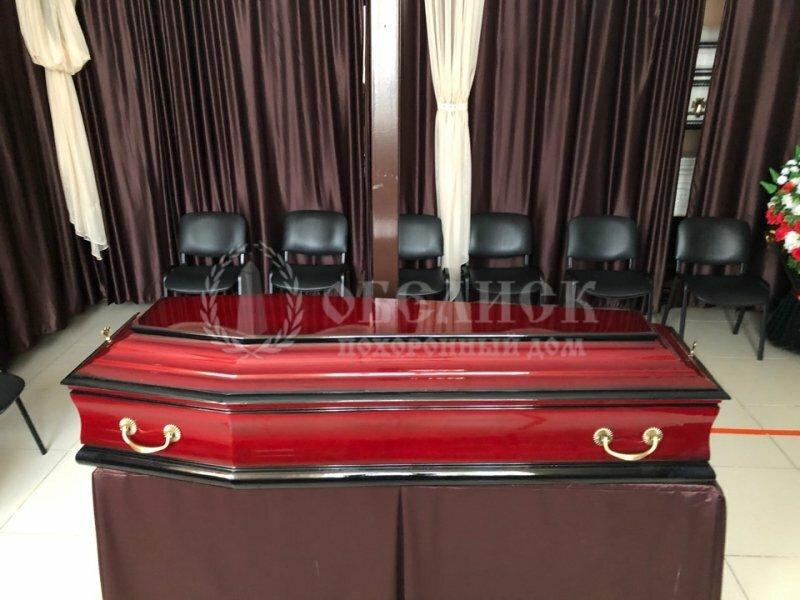 Гроб полированный красный Лоредо №20